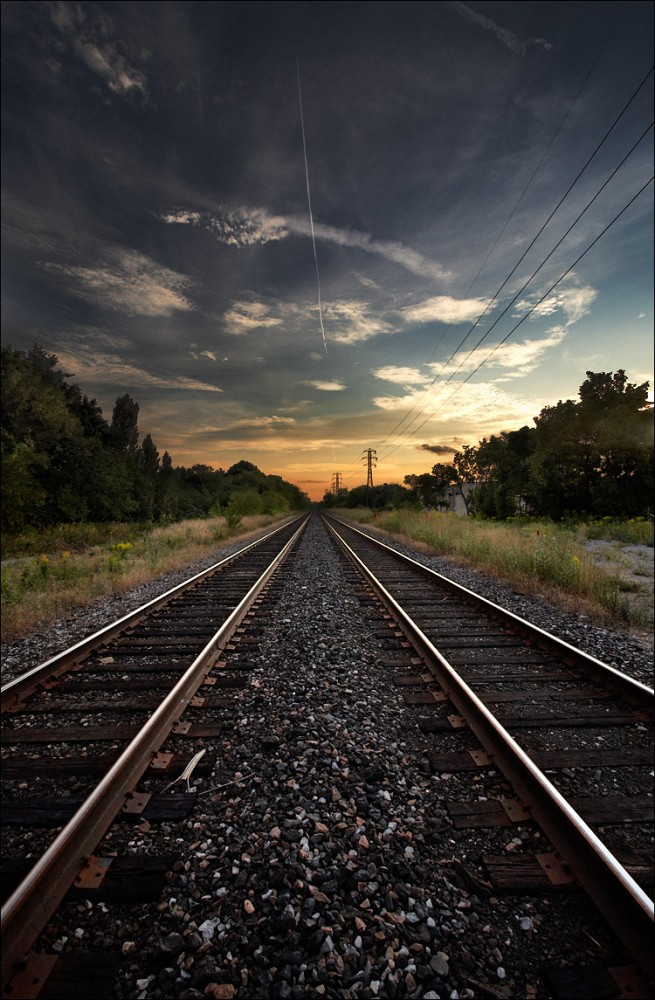 Rail to horizons